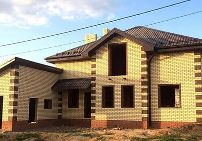 С чего начать строительство кирпичного дома?